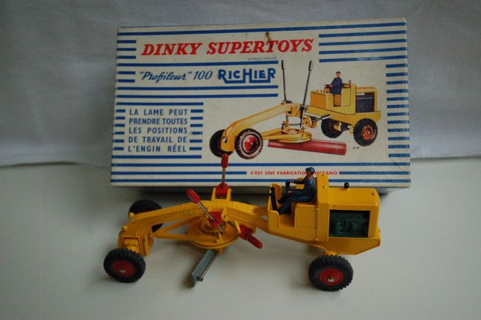 """Preview of the first image of Dinky Supertoys - 1:43 - 886 """"Profileur"""" 100 RICHIER."""