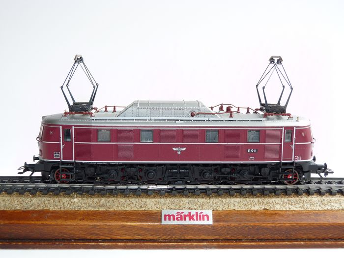 Image 2 of Trix H0 - 22708 - Electric locomotive - BR E-19, with royal eagle - DRG