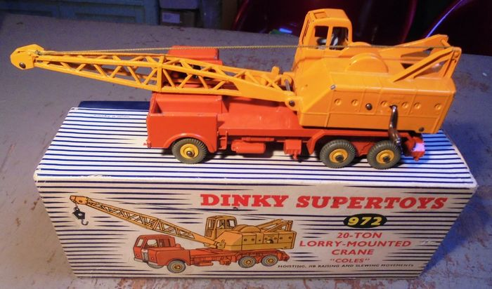 """Preview of the first image of Dinky Toys - 1:43 - 972 20-Ton Lorry-Mounted Crane """"Coles"""".."""
