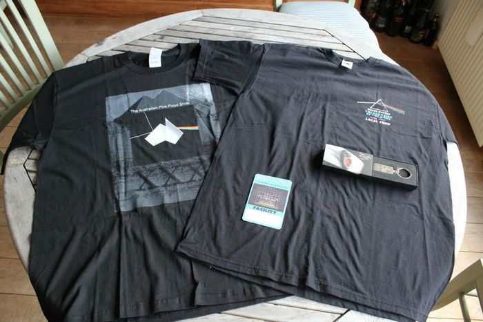 Pink Floyd & Related - 2x T-Shirt + Key Ring + Backstage Pass - Official merchandise memorabilia item - 1996/2014