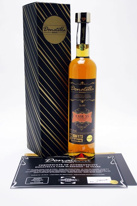 Donatella Whisky 35 years old Cask 35 (1 of 250 bottles) - 50 cl