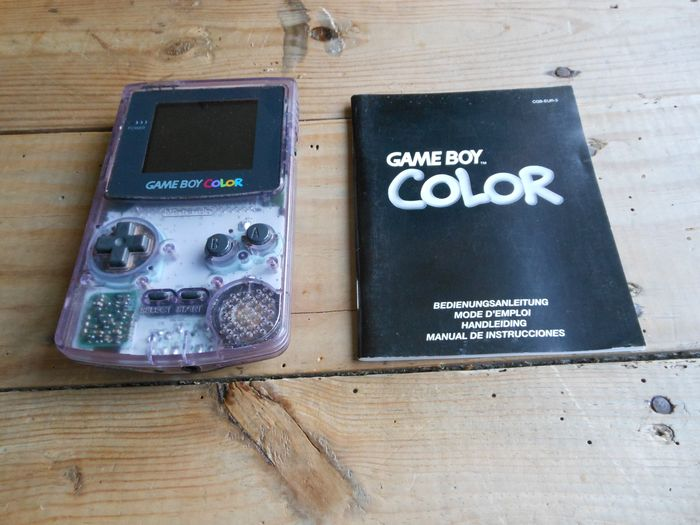 1 Nintendo - Game Boy Color with games (7)