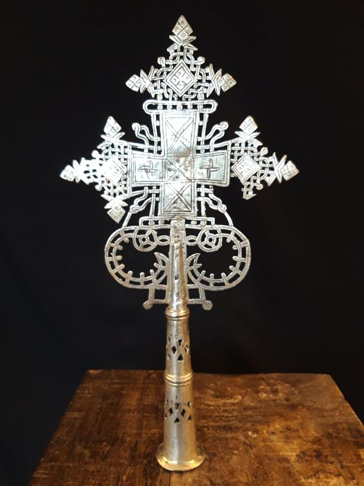 Very rare and large old Coptic procession cross from Addis Ababa, Ethiopia - Alloy of silver, copper and nickel