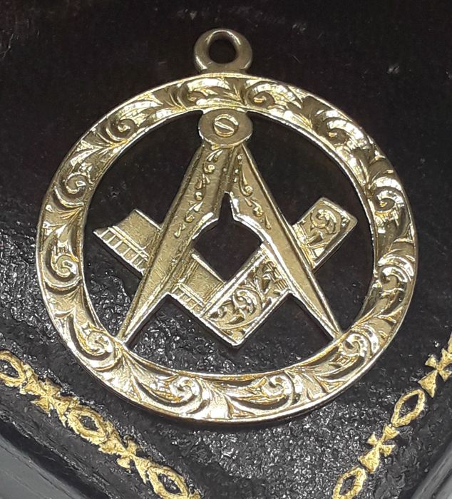 18 karaat Grand Lodge Freemasonic Square & Compass - Hanger