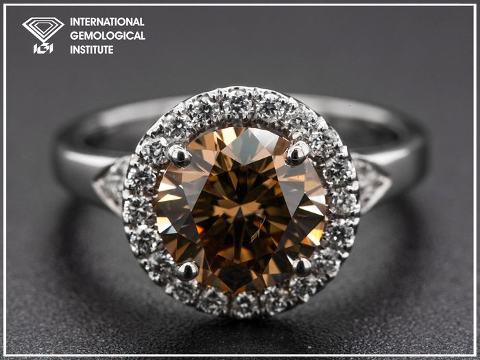 18 carats Or blanc, 4,35 g - Bague - 2.50 ct Diamant - Orange-marron fantaisie
