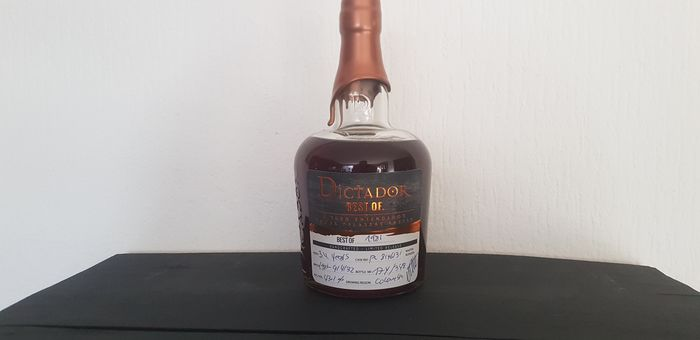 Dictador 1981 34 years old - Best Of... - 70cl