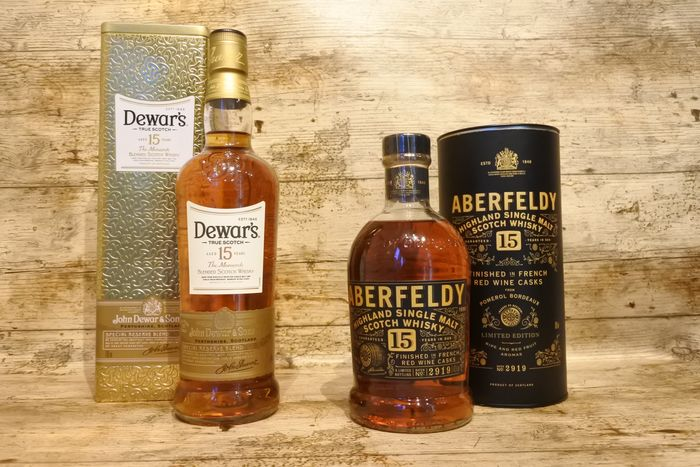 Aberfeldy, Dewar's 15 Years The Monarch & 15 Years Finished in French Red Wine Casks - 700 ml - 2 botellas