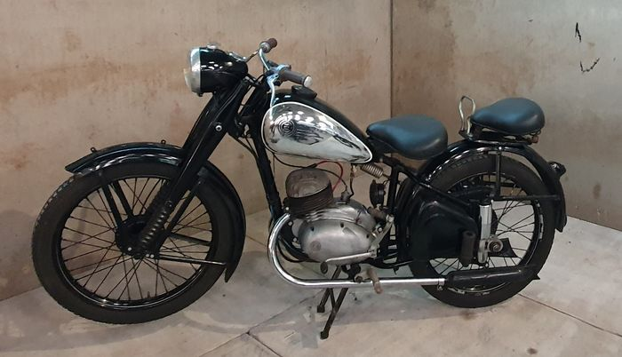 CZ - Model C - Pathfinder - 150 cc - 1951