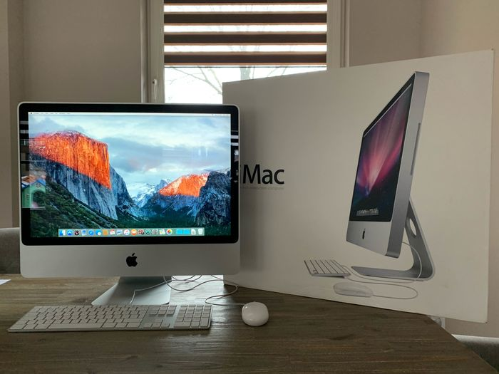"Apple Apple iMac 24"" (2009) - Intel Core 2 duo - 2,66 Ghz, 8 GB - 640 GB HDD - original box. - iMac - In originele verpakking"