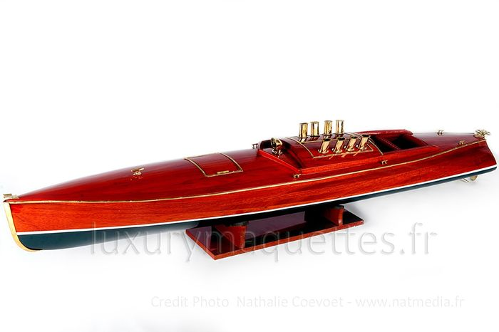Scale boat model, Dixie 1908 USA runabout 90cm Superb Wood - Hout - 2018