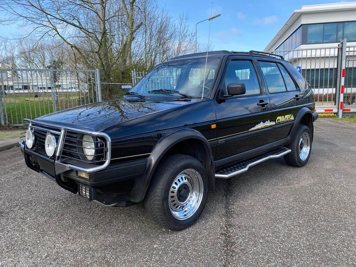 Volkswagen - Golf 2 Country Chrome Edition 1 of 500  - 1991