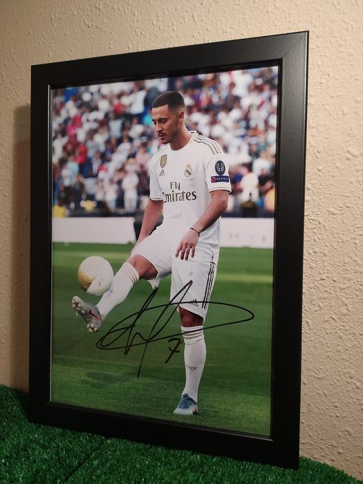 Eden Hazard Signed Mounted Photo Display Real Madrid FC #05 Printed Autograph Picture Print