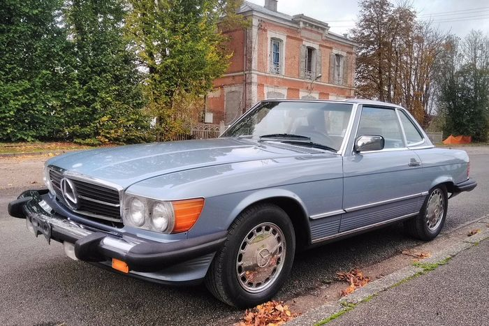 Mercedes-Benz - 560 SL (R107) - 1987