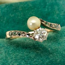 "14 kt. Pink gold - Ring ""no reserve price"" Pearl, Old cut diamond - Green Diamonds (Rare!)"