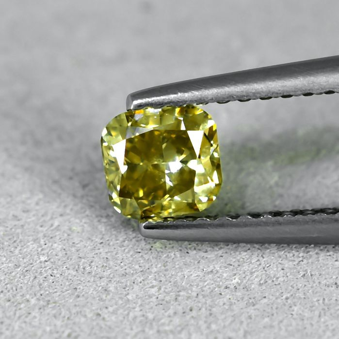 Diamant - 0.60 ct - Cushion - Natural Fancy Brownish Yellow - Si2 - NO RESERVE PRICE