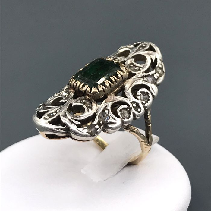 18 kt Gelbgold, Silber - Ring - 3.00 ct Smaragd - Diamant