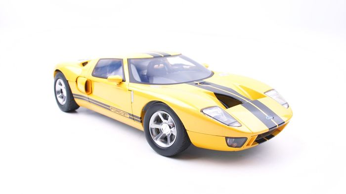 Motormax - 1:12 - Ford GT40 Yellow