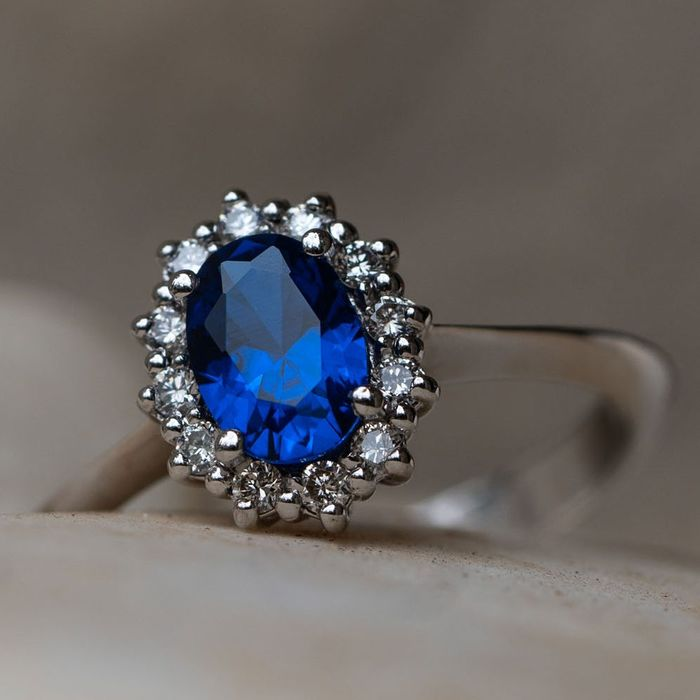 Sapphire Diamond Ring - 14 kt. White gold - Ring - 1.80 ct Sapphire - 0.18 D-F/VVS Diamonds - Lilo Diamonds