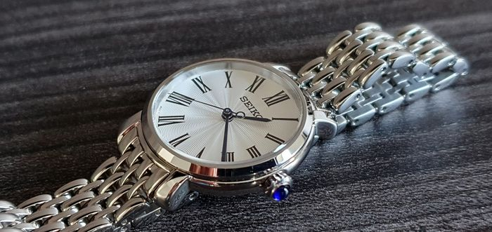 Seiko - Luxury Classic lady with solid stainless steel bracelet - Damen - 2011-heute