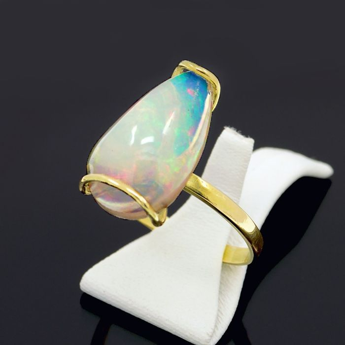 14 kt Gelbgold - Ring - 3.80 ct Opal