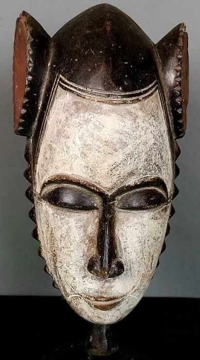 Yoruba mask - Wood - baule - Ivory Coast
