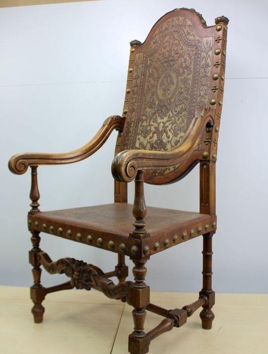 French castle armchair - Leather, Walnut - Second half 19th century