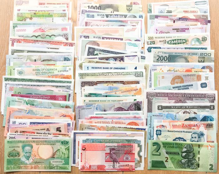 Wereld - Lot various banknotes (150 different)