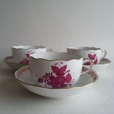 Herend - 3 Apponyi purple rose tea cups and saucers 704 AP - Porcelain