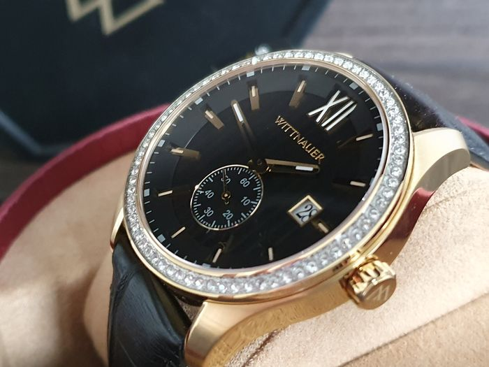 Wittnauer - Classic luxury Gold Plated Men dress watch with real crystals on bezel - Herren - 2011-heute