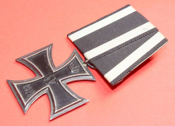 Germany - Army / Infantry / Cavalry / Navy / Artillery / Manufacturer WS and B = Joh.Wagner & Sohn, - Iron cross 2nd class 1914 on single clasp (double mark)