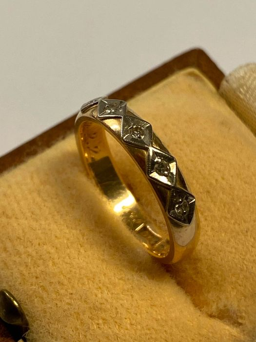 18 carats Or jaune - Bague - 0.10 ct Diamant
