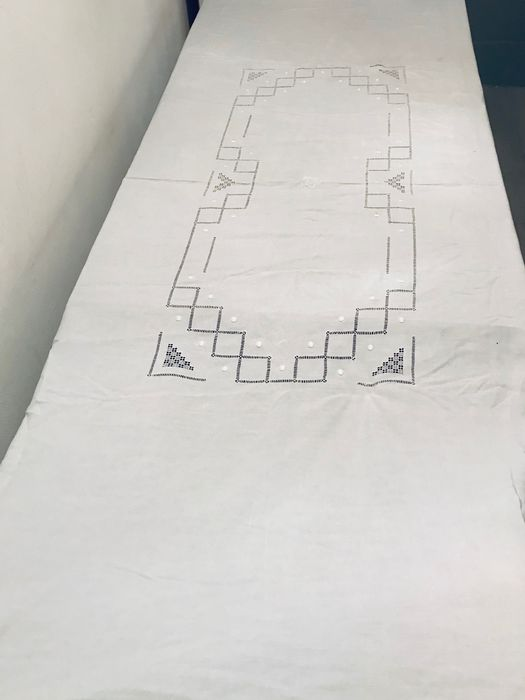 Large Tablecloth old cotton embroidered inlays. - Cotton