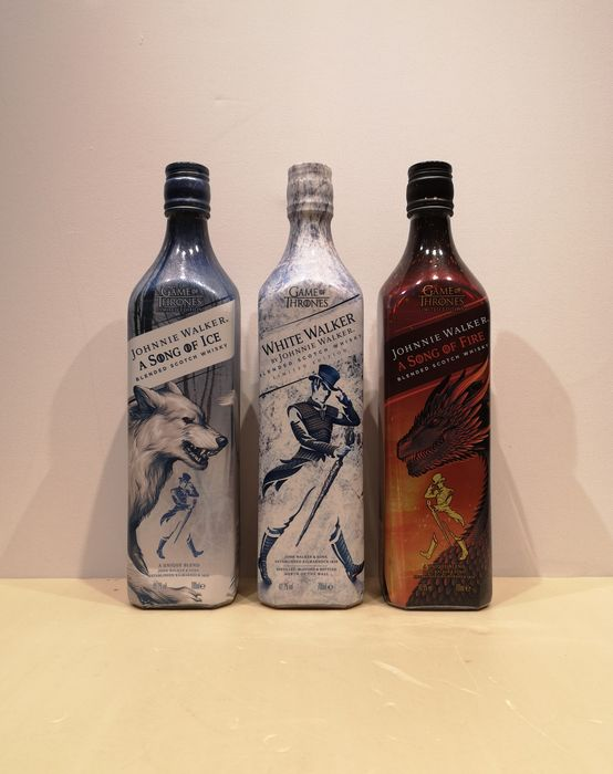 Johnnie Walker A Song of Fire & A Song of Ice - White Walker - Original bottling - 70 cl - 3 botellas