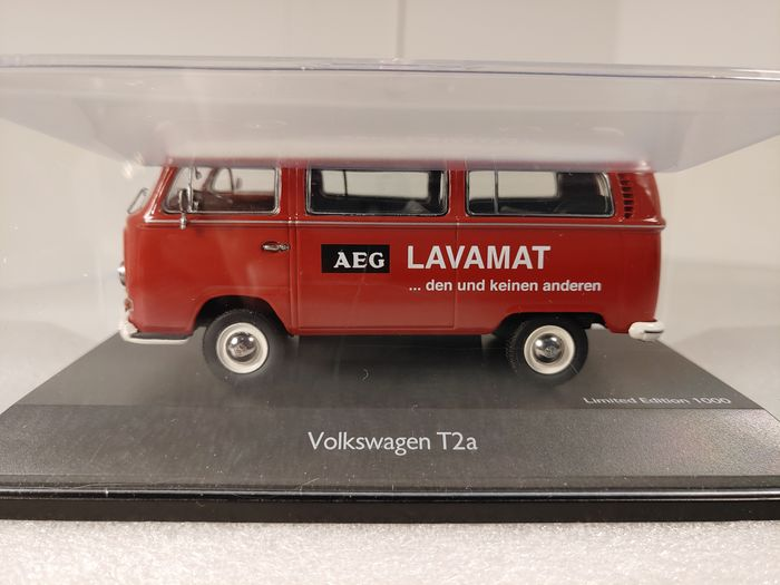 Schuco - 1:43 - VW T2a AEG Lavamat rood-wit Personenbus uitvoering - Limited Edition 1000