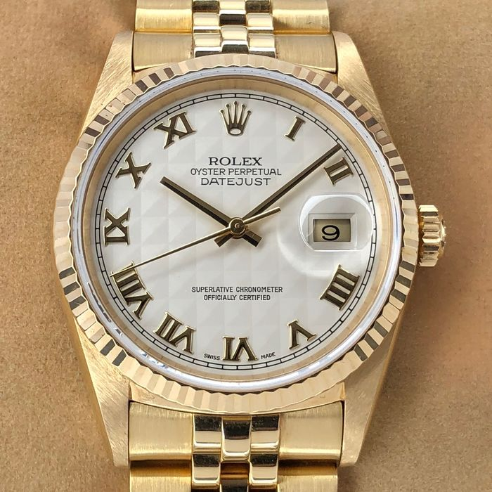 Rolex - Datejust Pyramid Ivory Dial - 16238 - Homme - 2000-2010
