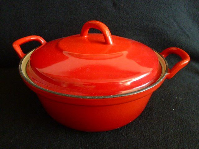 Large enamelled pan with lid (1) - Enamel, Cast Iron