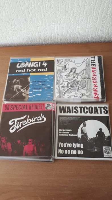 42 singles from: UBANGI4, the Firebirds, the Perverts and the Waistcoats - Diverse Künstler - Various Titles, see discription - Diverse Titel - 7″-Single - 1992/1998