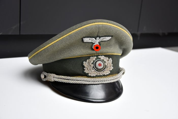Germany - Army/Infantry - Wehrmacht officer visor cap, EREL TOP - 1940