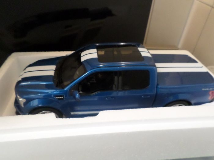 GT Spirit - 1:18 - Ford  F 150   ///  SHELBY   ///   Super  Snake ///  Limited  Edition