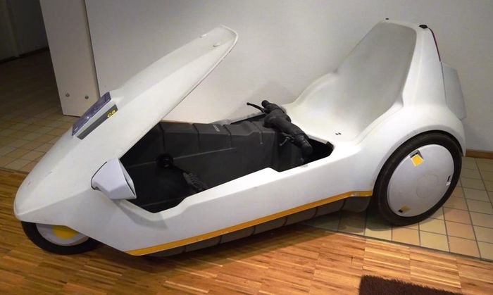 Sinclair C5 - Sinclair C5 - Electric bcycle - 1985