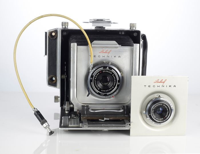 Linhof Technika 6x9 with 90/6,8 and 65/6,8 lens