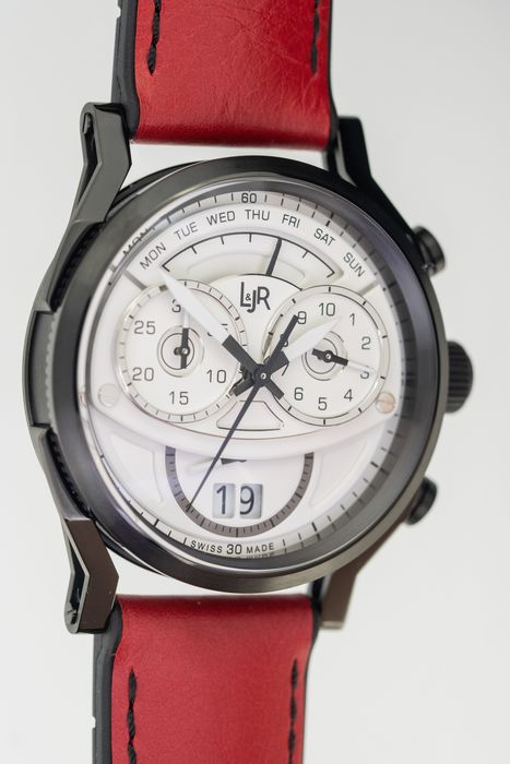 L&Jr - Chronograph Day and Date White Dial with Burgundy Strap + Extra Grey Strap - S1501-S12 - Uomo - 2011-presente