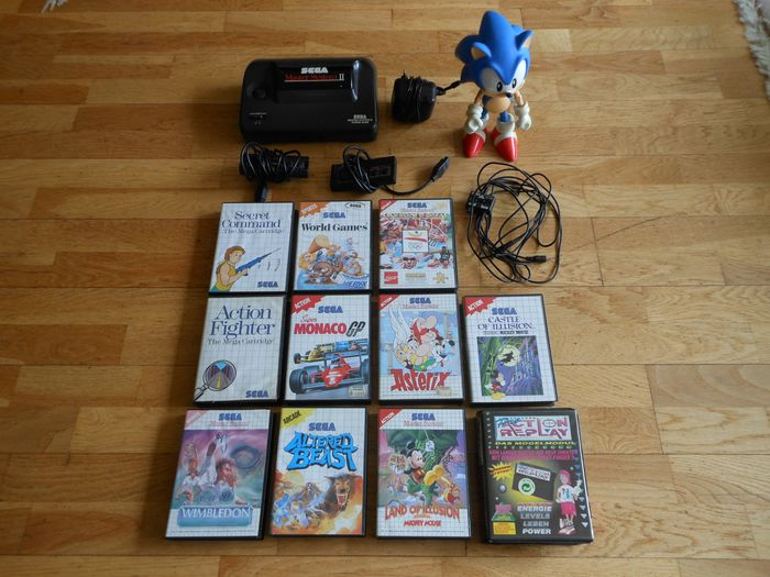 Sega - Sega Master System with games and accessories