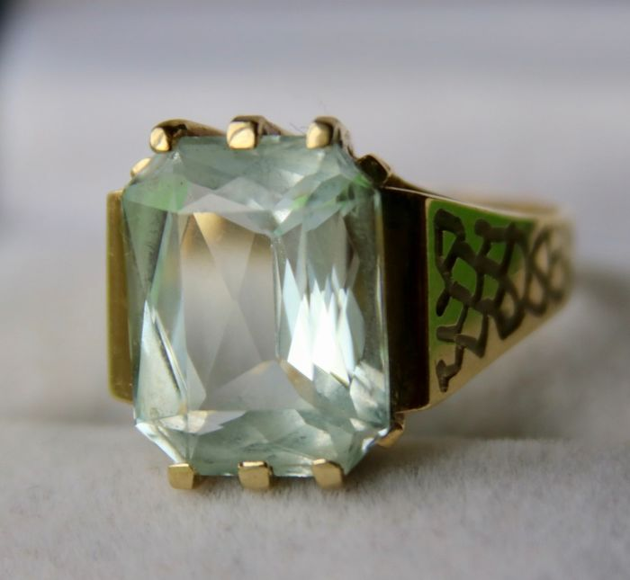 "Maker's mark ""AK"" - 14 kt. Yellow gold - Ring - 9.00 ct Aquamarine"
