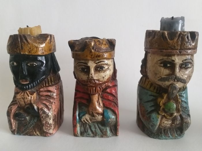 Three artisan candle holders in the form of the Three Kings (3) - Bizantino - Pinotea wood oil painting