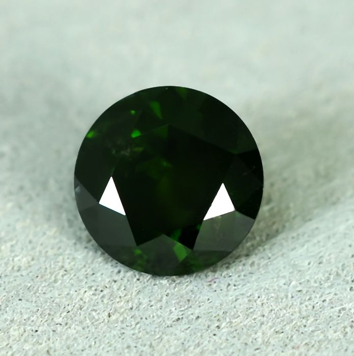 Diamant - 1.05 ct - Briljant - Bluish Green - P1