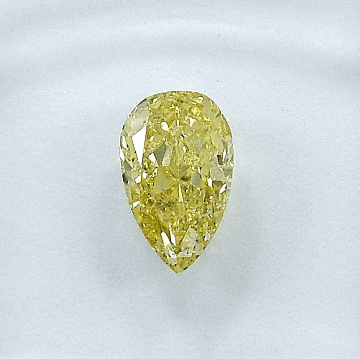 Diamant - 0.76 ct - Peer - Natural Fancy Light Yellow - Si2 - NO RESERVE PRICE