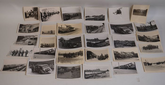 Germany - Album, Photo, 41 Pieces of Real Photos Second World War WW2 WK2 Soldiers Persons Desctruction etc.