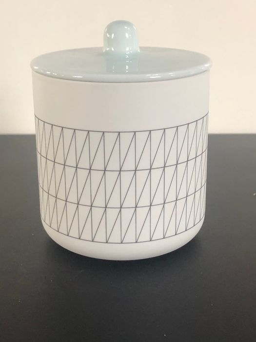 Scholten & Baijings - 1616 / Arita / Japan - Container - Container light blue /grid