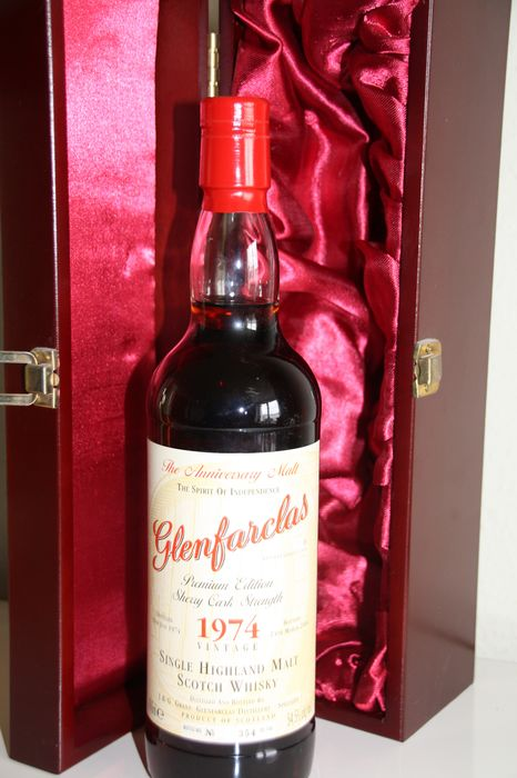 Glenfarclas 1974 29 years old - One of 748 - Original bottling - 700 毫升